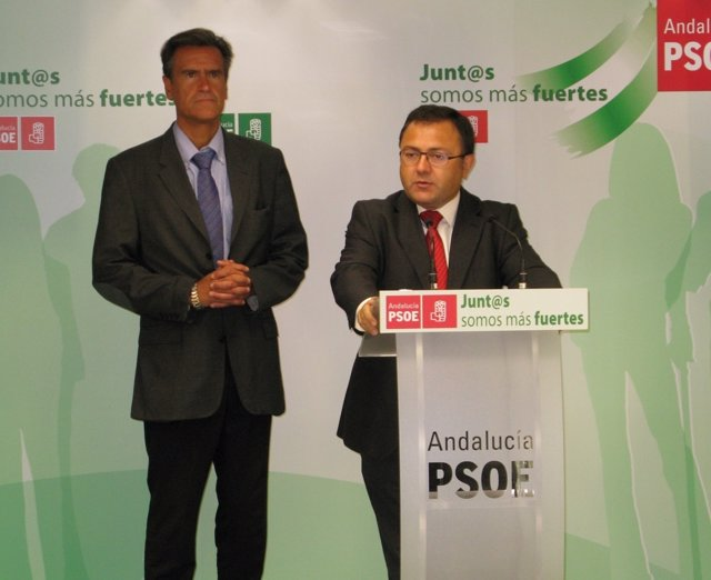 Heredia y Juan Fernando López Aguilar psoe