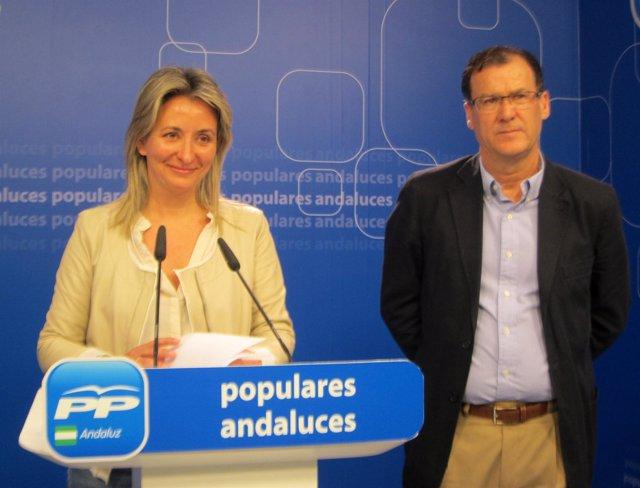 Carolina González Vigo y Domingo Delgado hoy en rueda de prensa