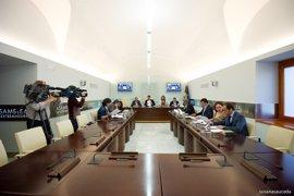 El Pleno del Parlamento extremeño aborda el jueves la Ley de Gobierno Abierto e iniciativas sobre paro y desahucios