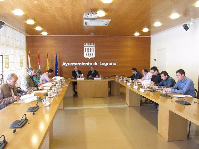 Imagen de la reunión de hoy de la comisión del Plan