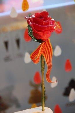 Rosa de azúcar de Sant Jordi