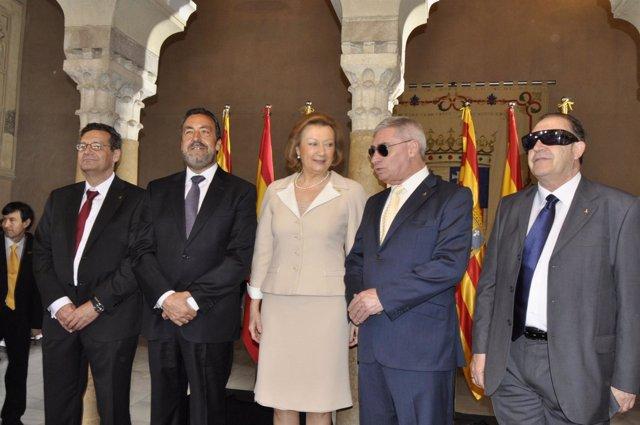 Rudi y representantes de la ONCE