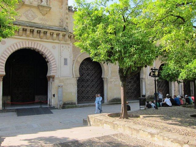 Fachada Norte de la Catedral y antigua mezquita de Córdoba