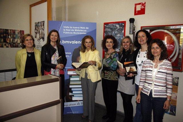 La concejala Beneyto celebra el Día del LIbro