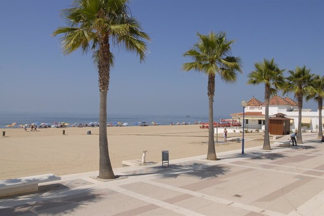 Imagen De La Playa De La Antilla, En Lepe (Huelva).