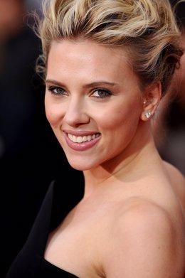 Scarlett Johanson será protagonista en nueva cinta de Luc Besson