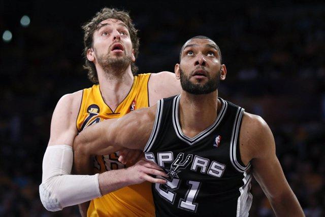 Los Spurs toman el Staples y dejan a Lakers contra las cuerdas