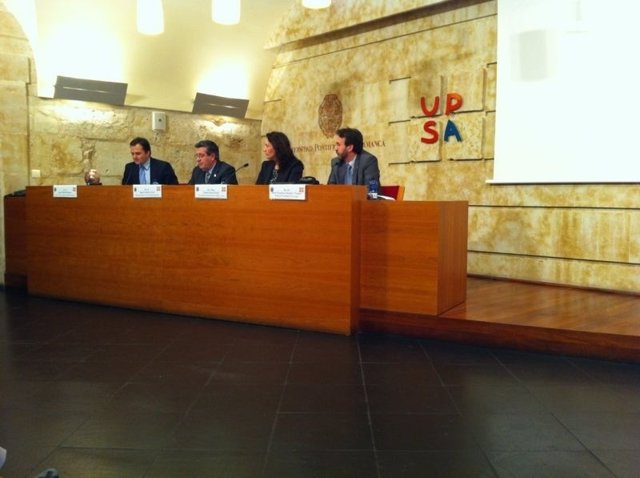 Entrega del premio Asfáleya a la UPSA