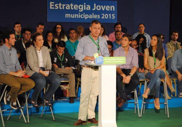 José Luis Sanz en un acto de NNGG en Antequera