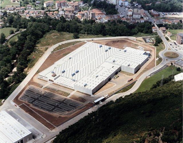 Fábrica De Altadis En El Polígono El Bosque De Entrambasaguas