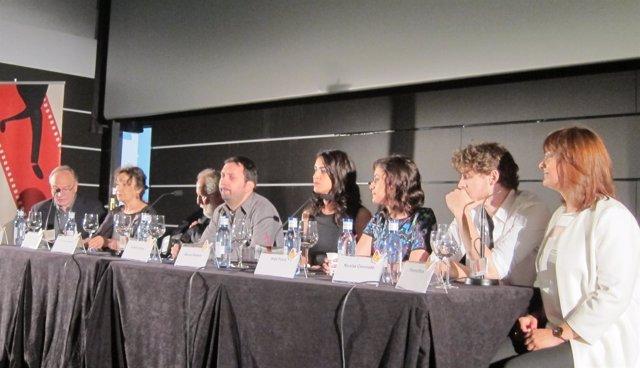 Equipo de la película 'El amor no es lo que era' durante el Festival de Málaga