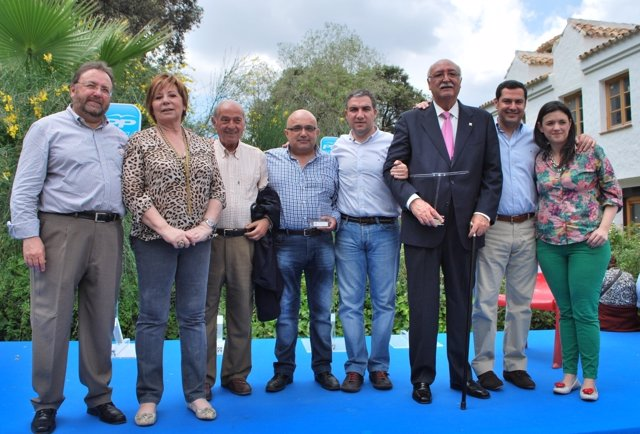 Villalobos, Bendodo y Moreno Bonilla en el acto del 'Día del Militante'