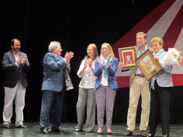 Homenaje a Miliki en Carmona