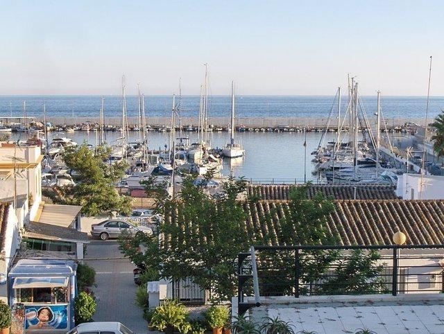 Puerto De La Bajadilla De Marbella