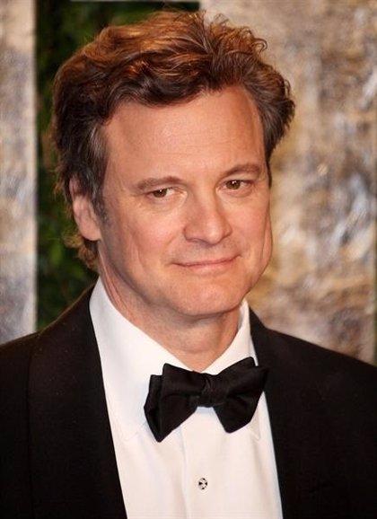 Colin Firth, Adam Sandler, Emily Blunt se unen a Charlize Theron en 'Murder Mistery'