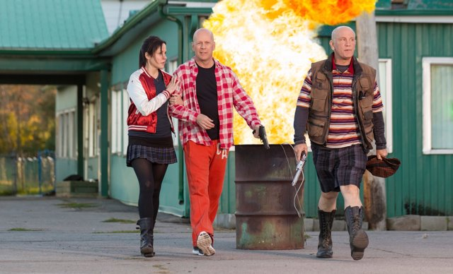 (L-R) MARY-LOUISE PARKER, BRUCE WILLIS And JOHN MALKOVICH Star In RED 2Ph: Jan T
