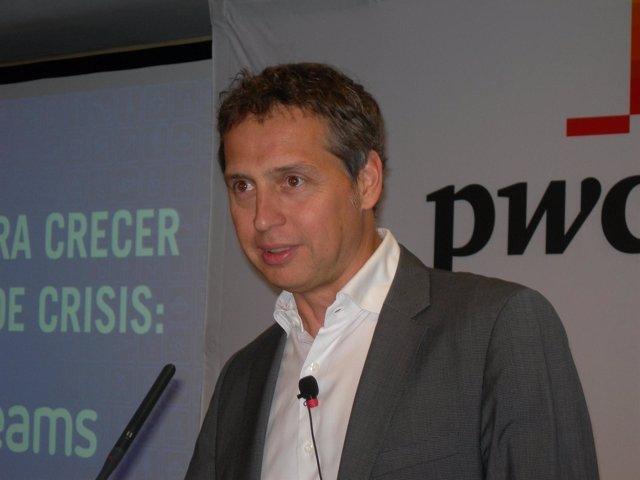 El fundador y consejero delegado de eDreams, Javier Pérez-Tenessa