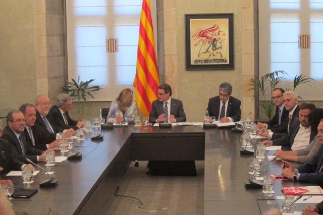 Cumbre para sentar las bases del Pacto Nacional del 'derecho a decidir'