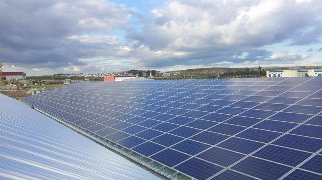Solución fotovoltaica de Schneider Electric en Aznalcóllar.