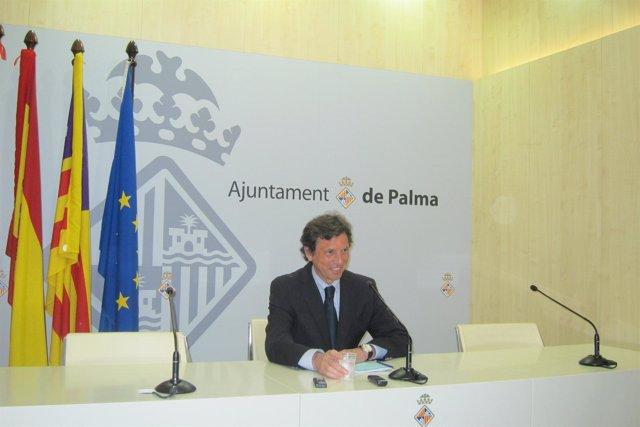 El alcalde del Ayuntamiento de Palma, Mateo Isern