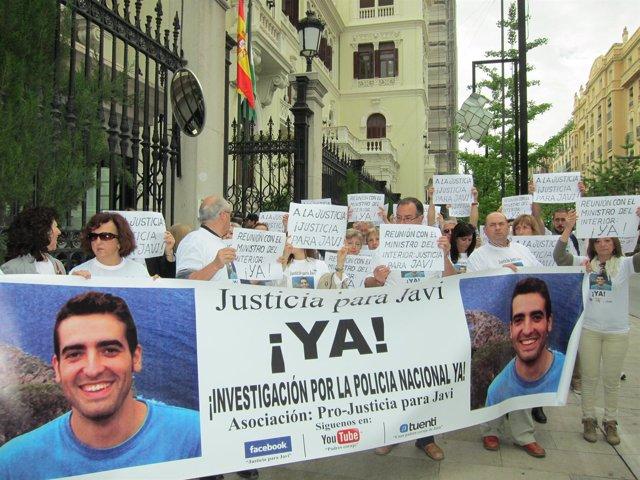 Concentración Asociación Justicia para Javi
