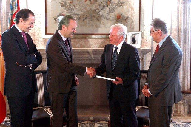 Fabra recibe al Nobel Harald Zur Hausen