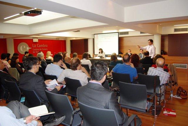 Sesión informativa en la Cámara de Comercio e Industria de Terrassa