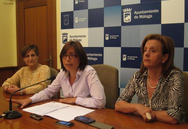 Las concejalas del PSOE Francisca Montiel, María Gámez y Begoña Medina
