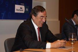 Rosell se muestra partidario de estudiar la moratoria para los despidos propuesta por el PSOE