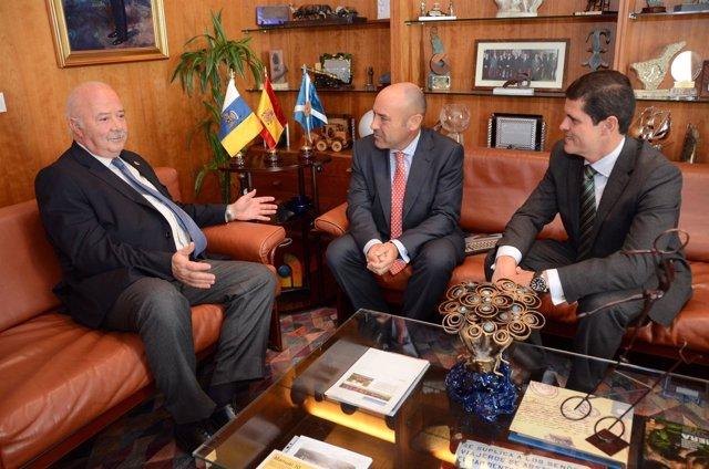 Ricardo Melchior recibe la visita del nuevo director del Aeropuerto Tenerife Sur