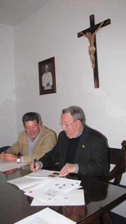 Peláez y García Toledo en la firma del acuerdo hoy