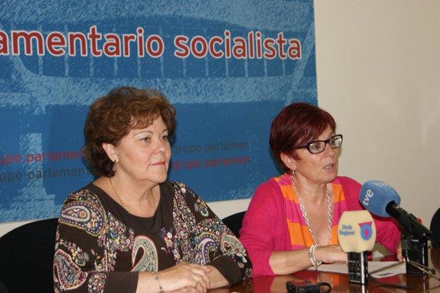 Teresa Rosique y Begoña García Retegui