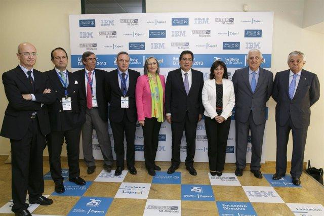 Ponentes del Encuentro Directivo 2013 del Instituto de Estudios Cajasol