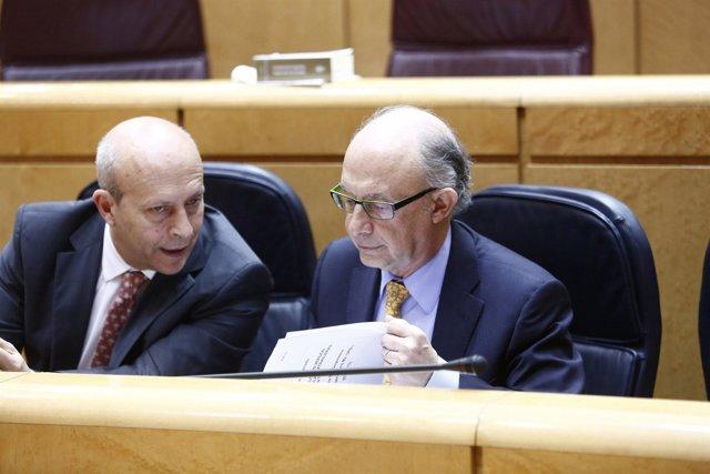 Wert y Montoro en el Pleno del Senado
