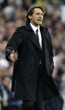 El entrenador del AC Milan, Leonardo