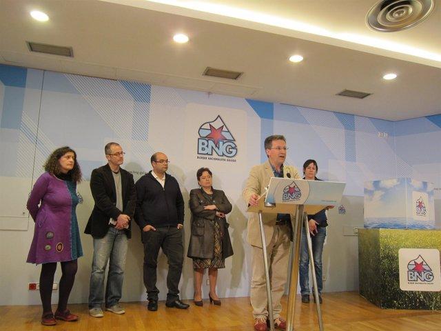 Xavier Vence y otros dirigentes del BNG sobre política aeroportuaria