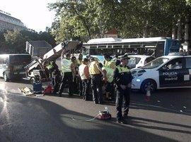 Herido grave un hombre atropellado por una furgoneta de mudanzas en Atocha