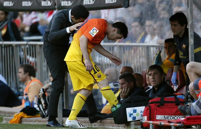 Messi reace de su lesión en el Calderón
