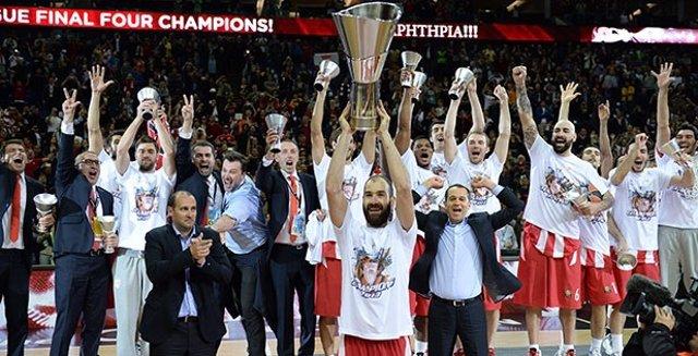 Olympiacos repite como campeón de la Euroliga tras vencer al Madrid en la final