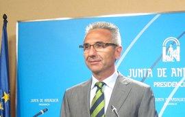 """La Junta ofrece a la UE """"todo el diálogo que quiera"""" sobre el decreto antidesahucios"""