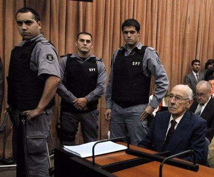 Videla se responsabiliza de los delitos de sus subordinados