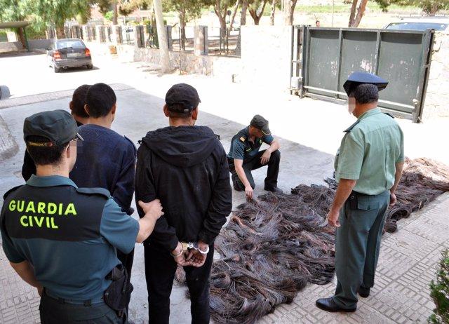 La Guardia Civil detiene a tres personas con cerca de media tonelada de cobre