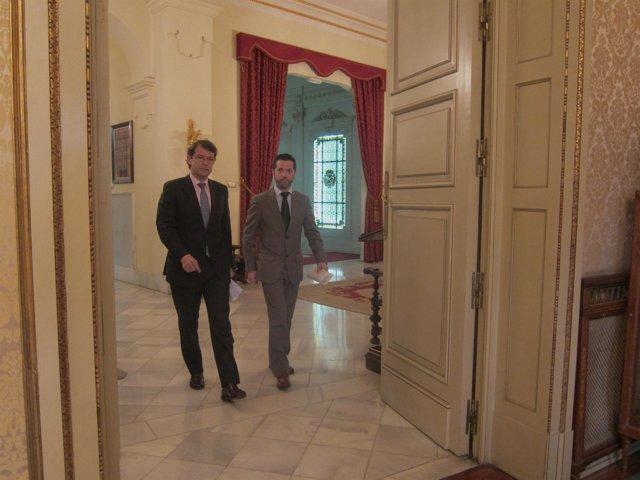 El alcalde de Salamanca junto al concejal de Cultura.