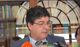 """Valderas advierte de que IULV-CA no entrará en ese """"interés partidista"""" que tiene el PP-A con el caso Invercaria"""