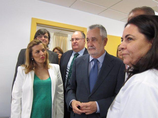Griñan visita el centro de salud de Gádor tras su inauguración
