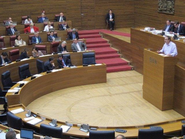 Torró (EUPV) en un momento de su intervención en el pleno