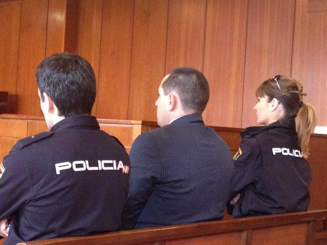 Juicio por el asesinato en Cartes