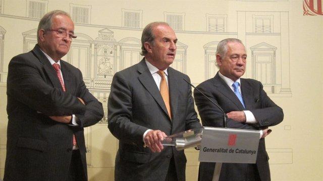 J. González (Pimec), J. Gay de Montellà (Fomento del Trabajo) y E. Cima (Fepime)