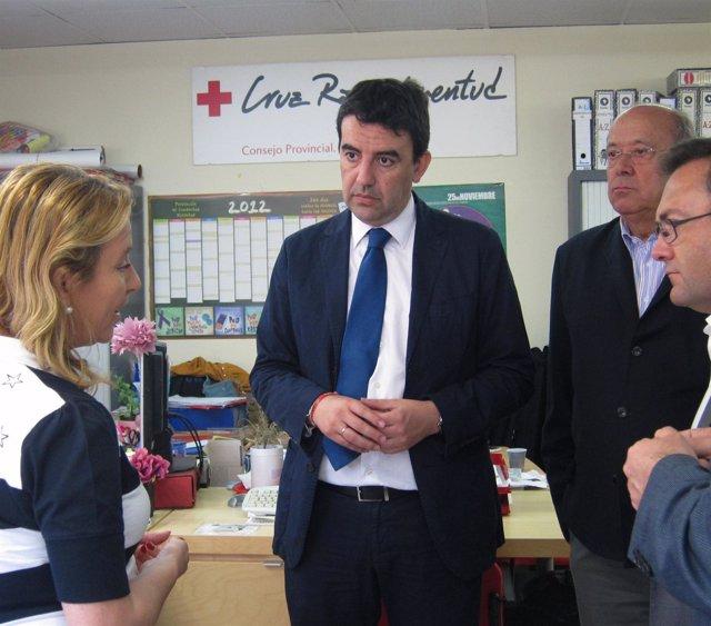 Mario Jiménez en la sede de Cruz Roja en Málaga