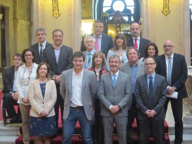 Miembros de la Comisión de Asuntos Institucionales del Parlament